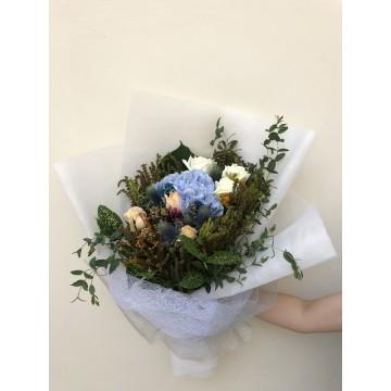 Captivation | Floral Bouquet