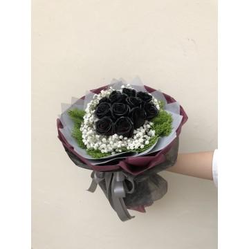 Dark Wonders | Floral Bouquet